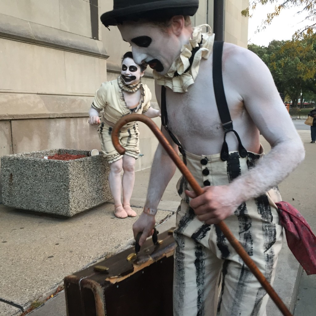 Both kinds of entertainment: Clowns AND Mimes.